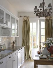 11-frenchlasts-kitchen-0108-xlg