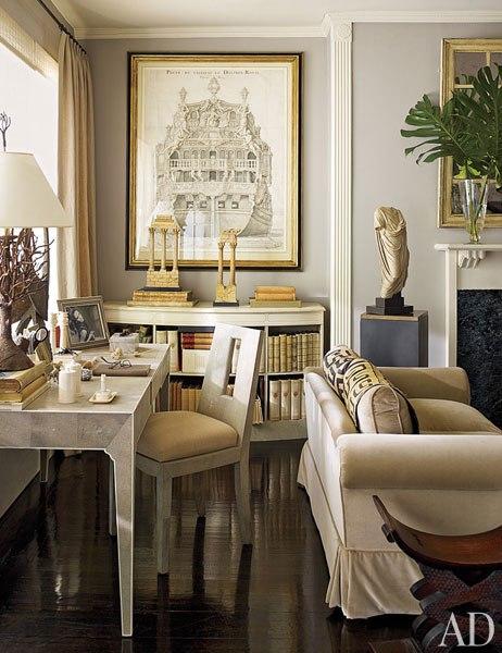 item3.rendition.slideshowWideVertical.nina-griscom-apartment-04-living-room