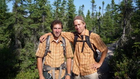 Deux guides sympathiques du Jardin des glaciers