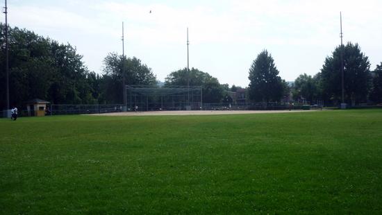 le terrain de baseball 1 du parc Laurier