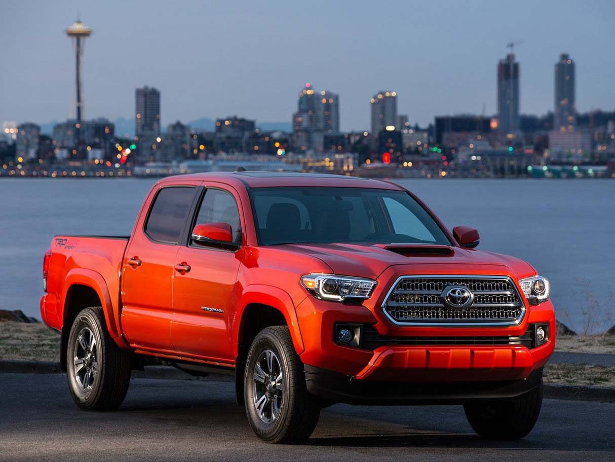 Red 2014 Toyota Tacoma 4x4