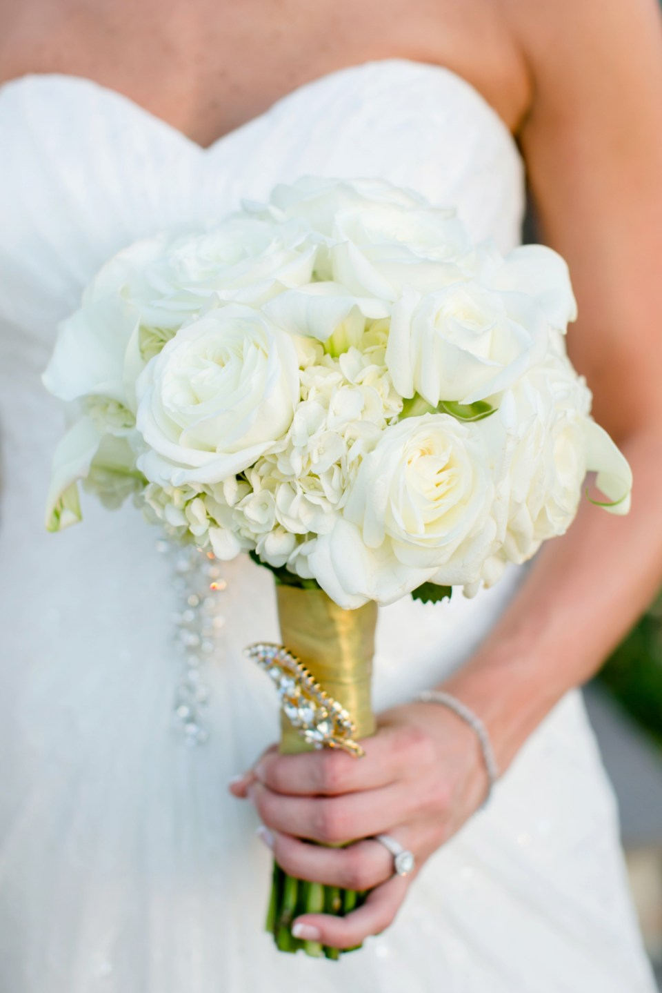 Neutral-Wedding-Bouquet-Inspiration-Flowers-Bridal-Bridesmaids412