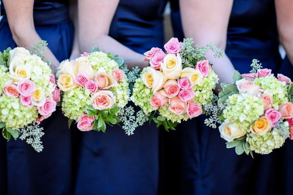 Wedding-Bouquet-Inspiration-Flowers-Bridal-Bridesmaids351
