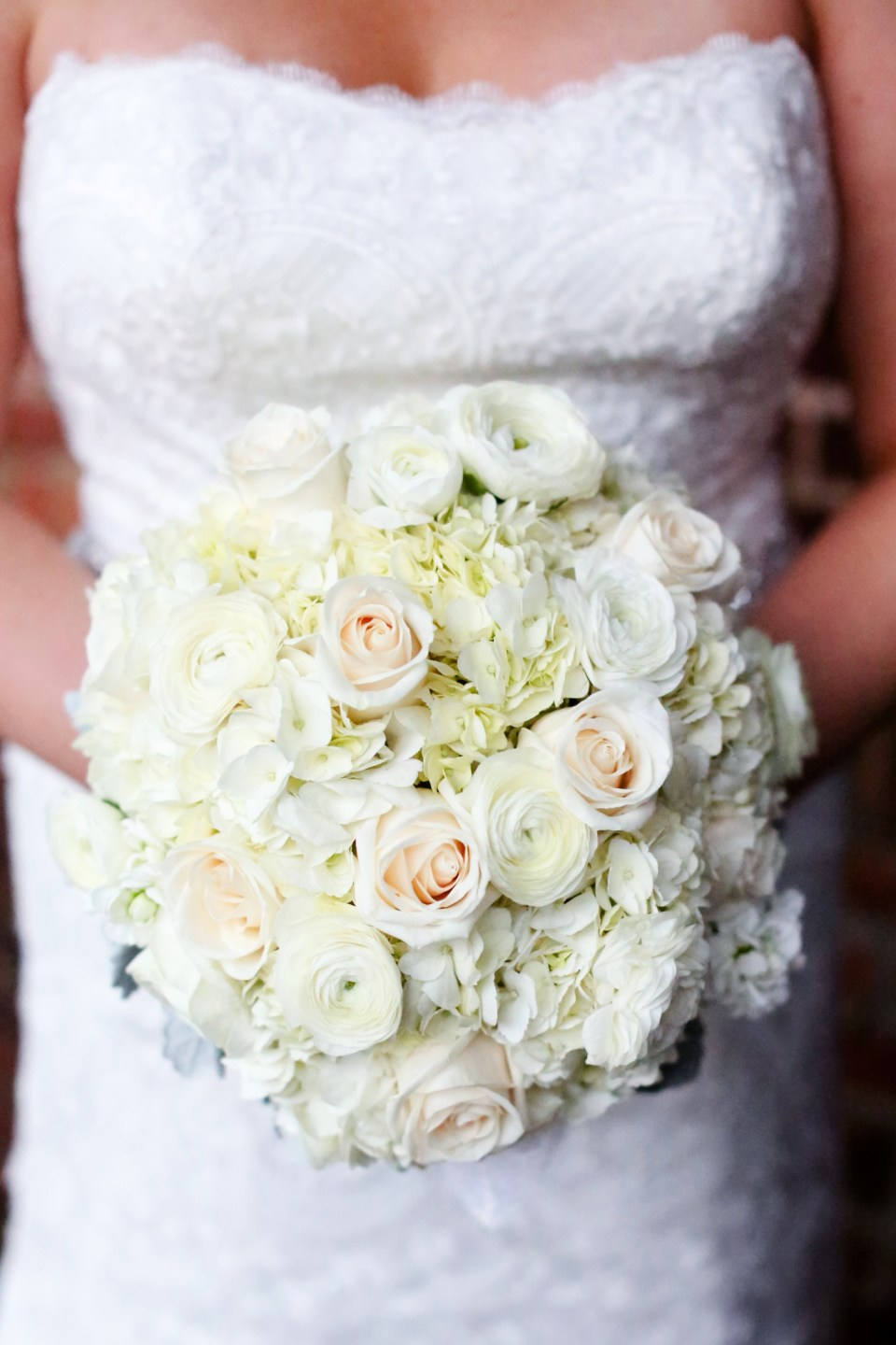 Winter-Wedding-Bouquet-Inspiration-Flowers-Bridal-Bridesmaids431