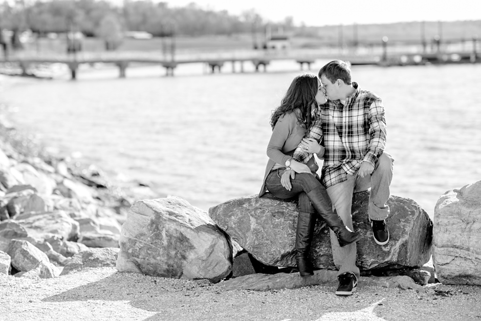 6A-National-Harbor-Engagement-Session-Brittany-Josh4615