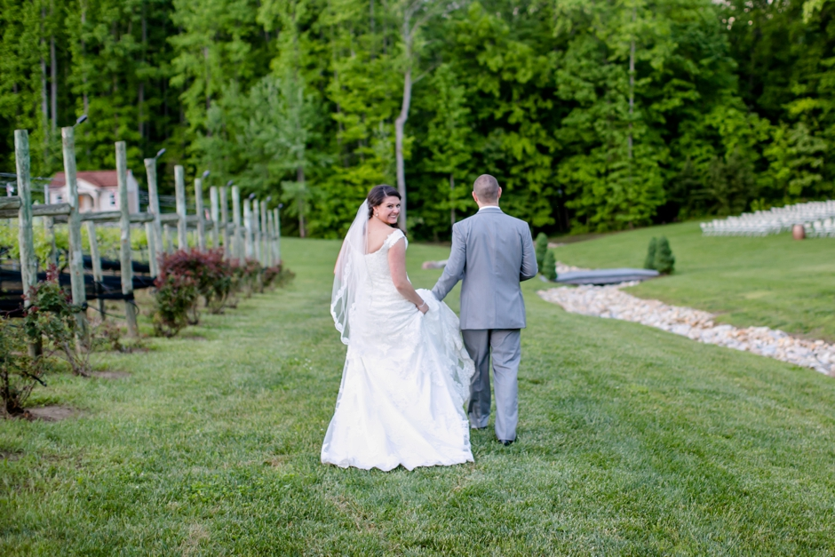 26A-Potomac-Point-Winery-Wedding-Claire-Ryan-1210