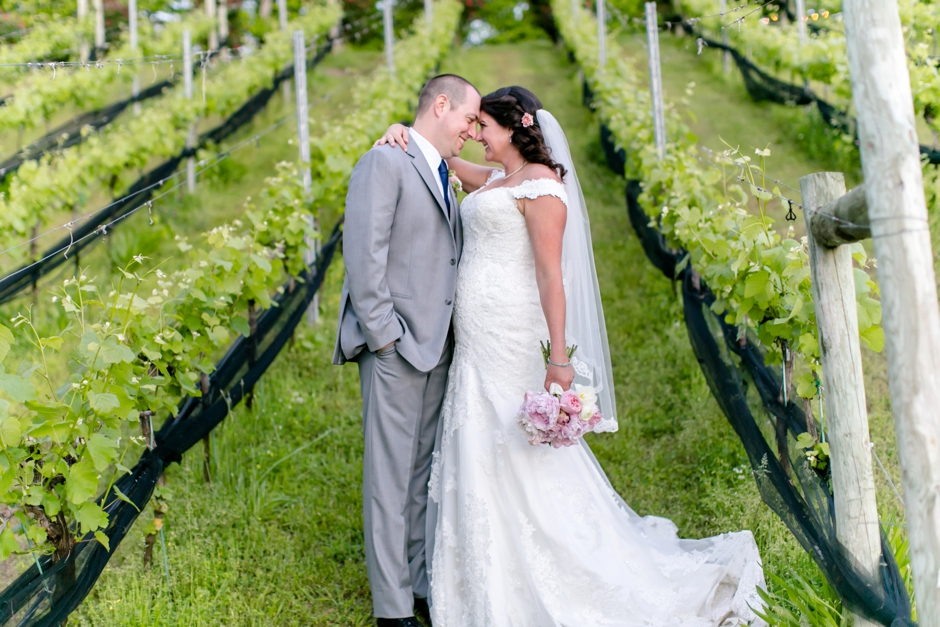 33A-Potomac-Point-Winery-Wedding-Claire-Ryan-1222