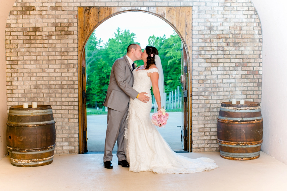 37A-Potomac-Point-Winery-Wedding-Claire-Ryan-1236