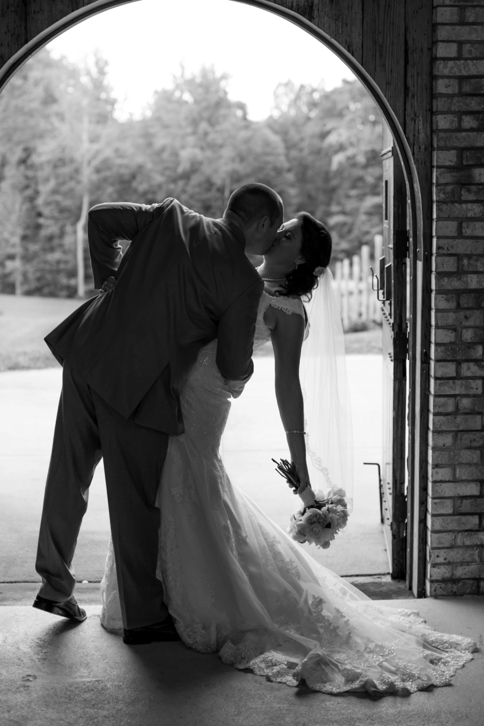 38A-Potomac-Point-Winery-Wedding-Claire-Ryan-1239