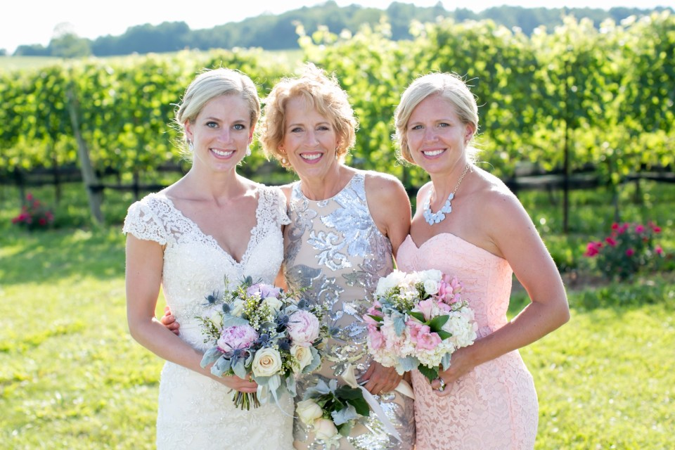 41A-Stone-Tower-Winery-Summer-Wedding-GG-1141
