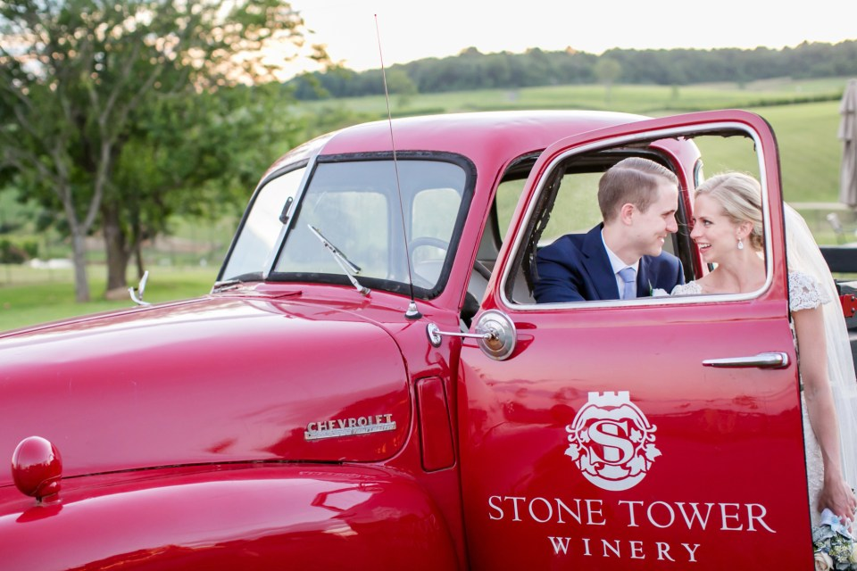 58A-Stone-Tower-Winery-Summer-Wedding-GG-1211