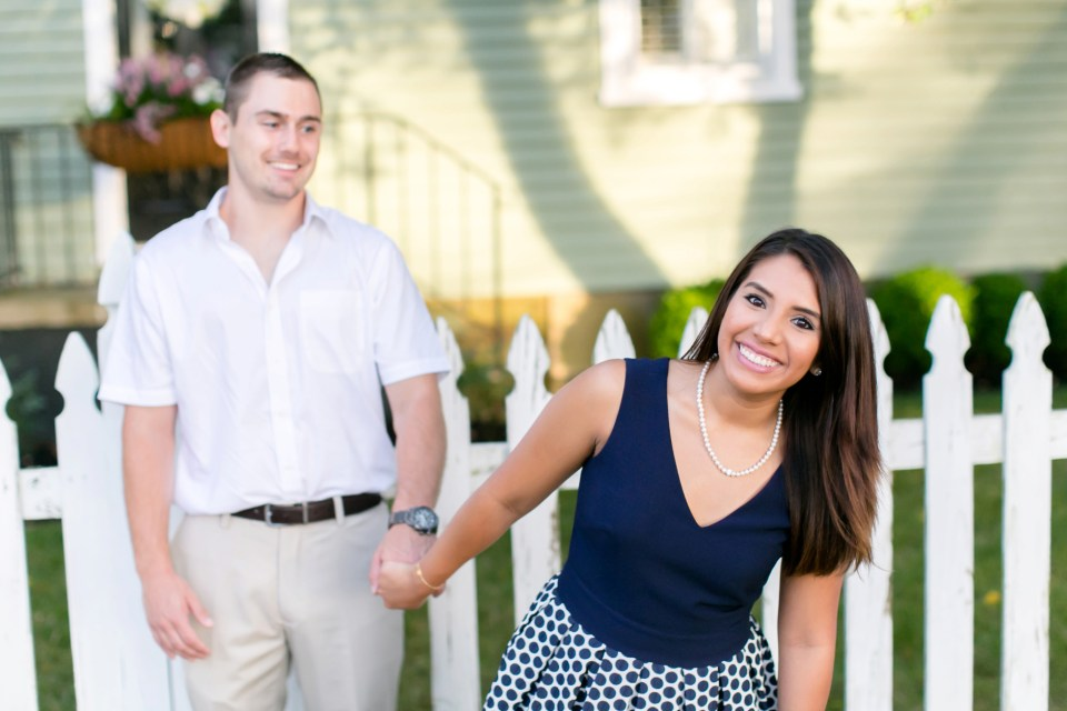 28A-Downtown-Clifton-Virginia-Engagement-Session-3072