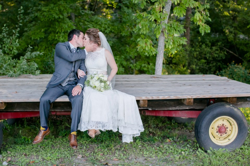 36a-stevenson-ridge-wedding-rustic-kaitlin-parker-1107