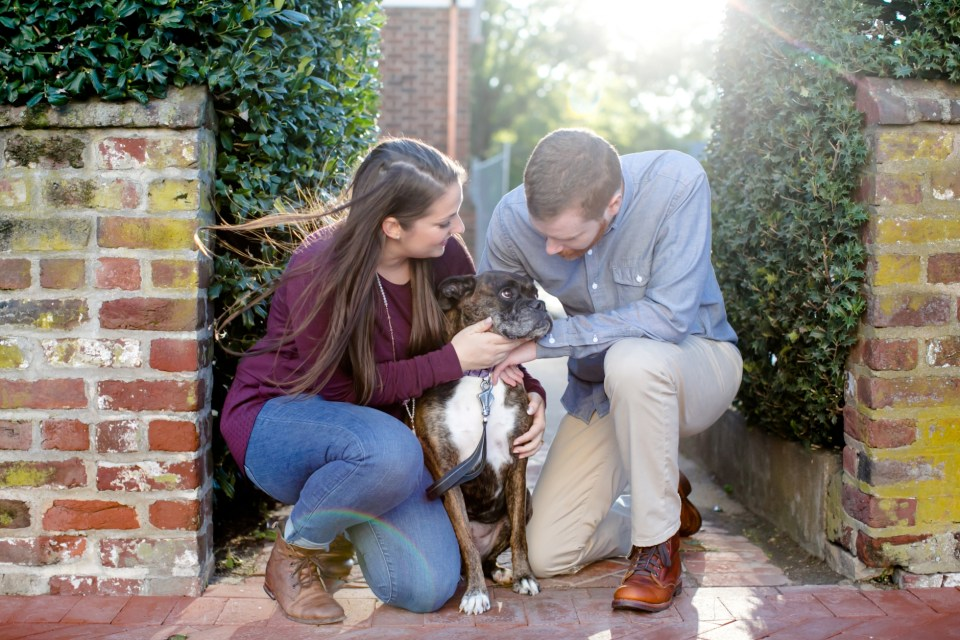 16downtown-fredericksburg-virginia-engagement-session-sarah-and-russell-1025-jpg