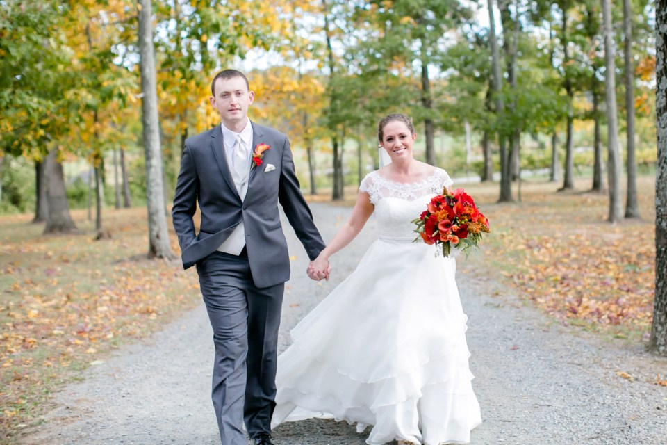 25a-harves-house-at-lost-creek-fall-wedding-leesburg-virginia-adam-melissa-182