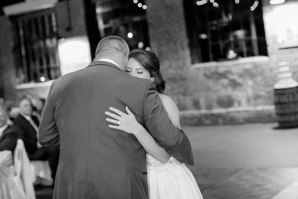 26a-inn-at-the-olde-silk-mill-wedding-fall-ashlee-stephen-carley-rehberg-photography-1181