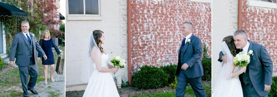 1-a-inn-at-the-olde-silk-mill-wedding-fall-ashlee-stephen-carley-rehberg-photography-1052