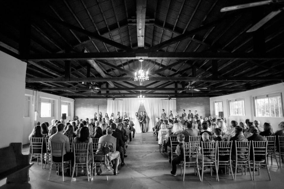 9-a-inn-at-the-olde-silk-mill-wedding-fall-ashlee-stephen-carley-rehberg-photography-1106
