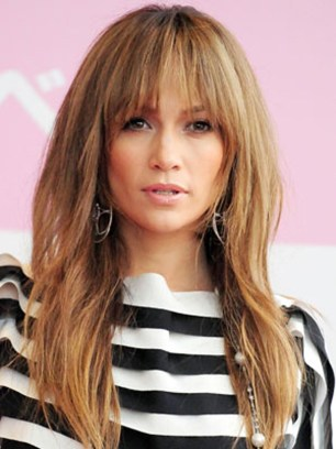 Jennifer-Lopez-Hip-Hairstyle-Complete-with-Shaggy-Bangs[2]