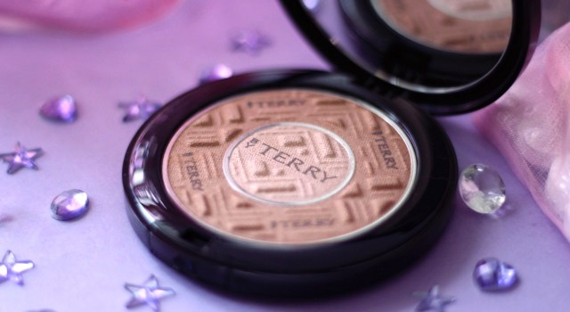 compact expert dual powder by terry avis