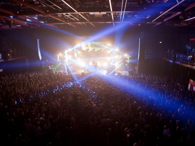 https://i0.wp.com/carlislefutsalclub.com/wp-content/uploads/2020/06/sands-centre-band-crowd-1024Kevin-Nobin-Photography.jpg?resize=640%2C480&ssl=1