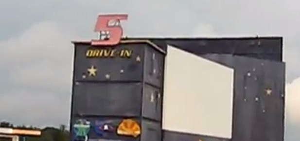 5 Drive-In sign and main screen