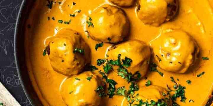 Tofuballs with creamy, rich Turmeric Sauce