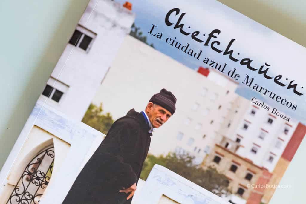 Portada del libro de la exposición Chefchauen. La ciudad azul de Marruecos