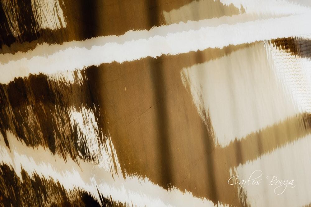 Distorsión blanco y marrón