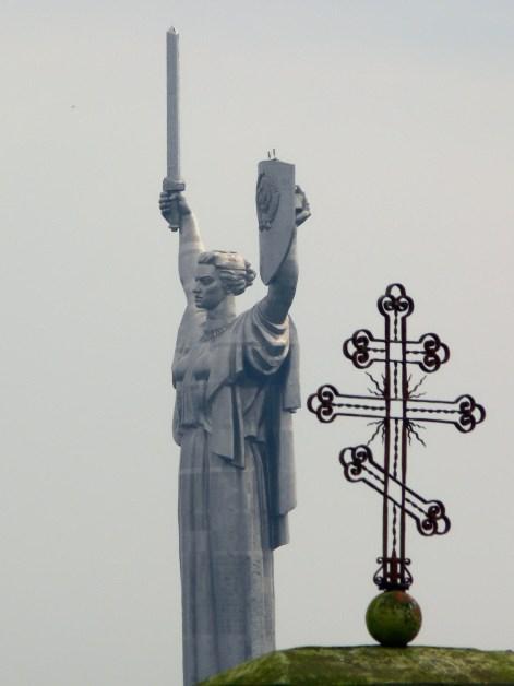 La Madre Patria - Cruz Ortodoxa