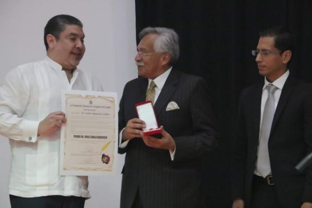 Premio-JorgeZ-1-1024x683-640x480
