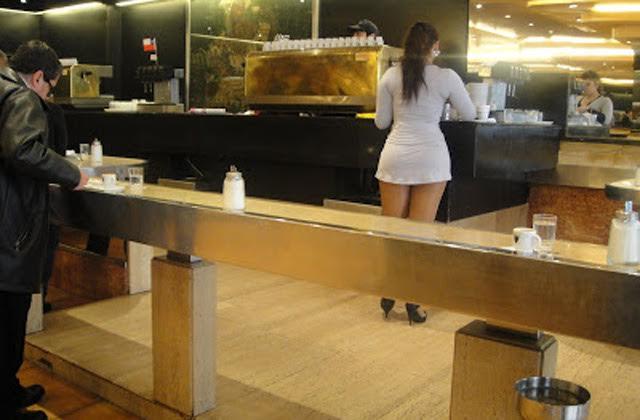 Café con piernas. Chile