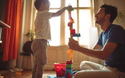 Todavía puedes ganar 3.000 euros invirtiendo para tus hijos