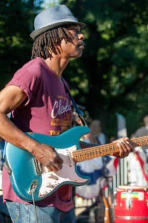 Ghani_Harris_Guitar