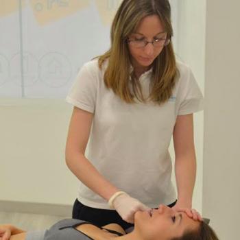 Sesión Fisioterapia Especializada en Trastornos Témporo-mandibulares