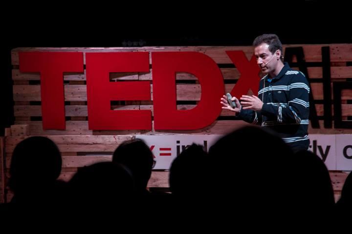 Carlos Rebate en TEDx