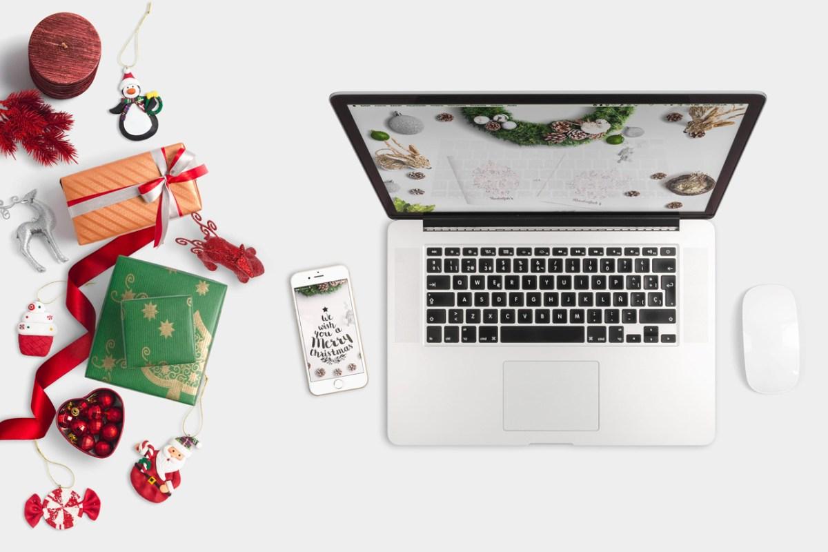 Macbook Christmas Scene Mockup 01 - carlosviloria.com