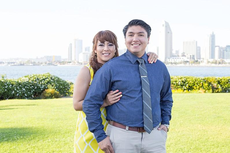 Engagement-Photosession-Engaged-Couple-Coronado-Island-Centennial-Park-SanDiego-Wedding-Photographer_1
