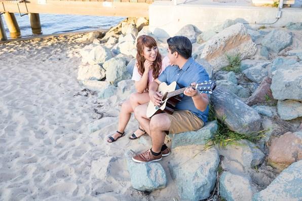 Engagement-Photosession-Engaged-Couple-Coronado-Island-Centennial-Park-SanDiego-Wedding-Photographer_11