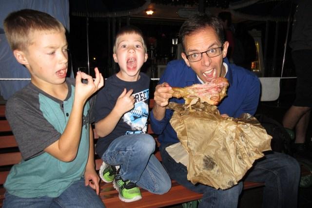 Carltonaut's Travel Tips Disneyland Affordable turkey leg food