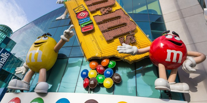 Your Guide to Visiting M&M'S WORLD Las Vegas