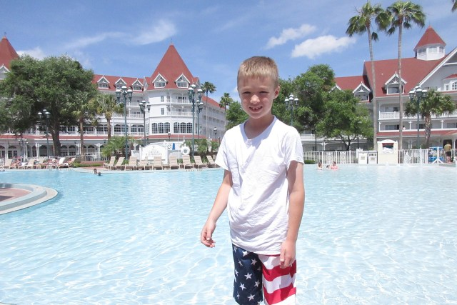 Carltonaut's Travel Tips Walt Disney World Kids Vacation Grand Floridian Resort Hotel swimming pool