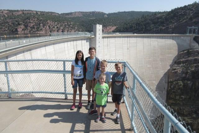 Carltonaut's Travel Tips Best Dam Tour in Utah view top kids