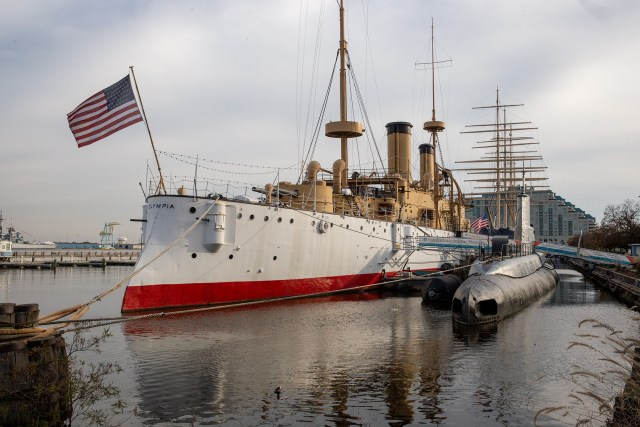 Tour a WWI Battle Cruiser and a Submarine at the Independence Seaport Museum in Philadelphia Carltonaut's Travel Tips