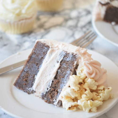 Click here to read how to make the best POPCORN CAKE in the world + a giveaway
