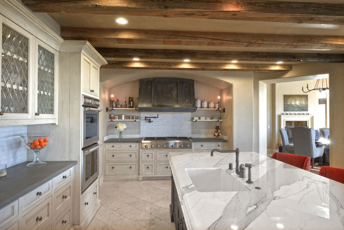 Top Stone Kitchen Countertop and Stone Backsplash Trends