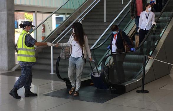Buquebus: ponen a 400 pasajeros en cuarentena por un viajero con coronavirus