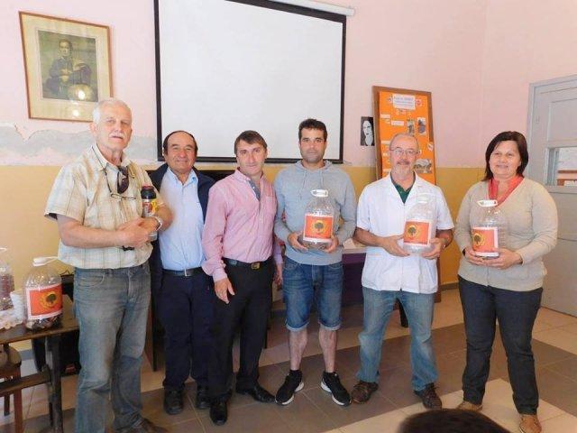 Municipio de Ombúes de Lavalle lanza proyecto de reciclado de pilas - Carmelo Portal
