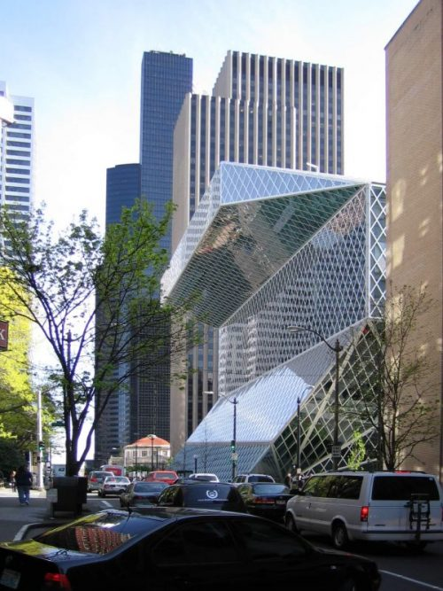 exterior biblioteca pública de Seattle