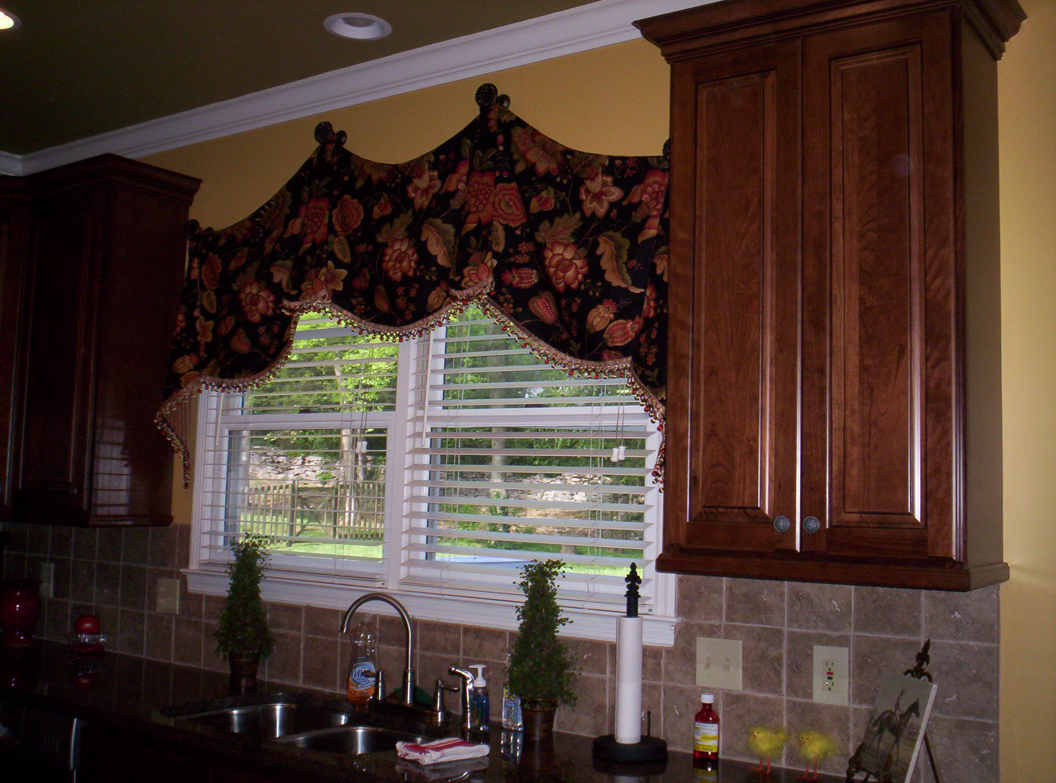 kitchen nook curtains cheap motels with kitchens custom and breakfast valances c ryan designs